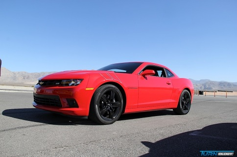 Video: Chevrolet Debuts 3 Track-Ready Camaros at Spring Mountain