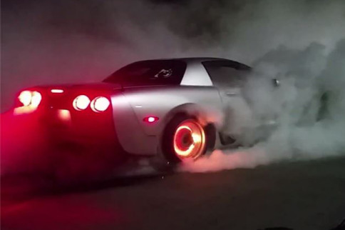 Video: C5 Corvette Burnout Ends In Some Seriously Toasted Brakes