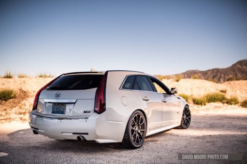 Video: 630 Horsepower 2011 Cadillac CTS-V Wagon On Canyon Run