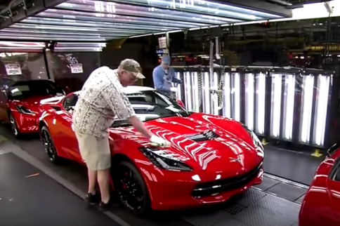 """Watch The Corvette Stingray Get Built On """"How it's Made"""""""