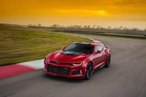 Video: GM Teases Camaro ZL1's 10-Speed Automatic
