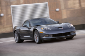 C6 Corvette Z06 Abandoned In Storage Locker Has Just 700 Miles